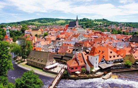 czech-republic-cesky-krumlov-town